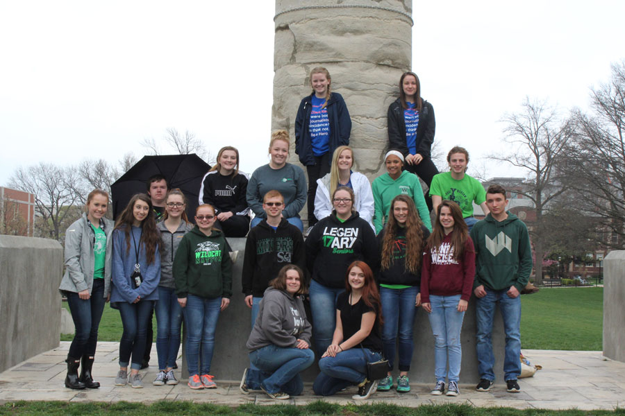 Journalism+students+visit+the+columns+at+the+University+of+Missouri+-+Columbia+at+Journalism+Day.+They+include%3A+%28fourth+row%29+sophomores+Brenna+Smith+and+Ally+Estes%2C+%28third+row%29+sophomores+Ciara+Cooper%2C+Taylor+Bunch%2C+senior+Makayla+Mais%2C+freshman+Kya+Schepker%2C+and+senior+Noah+Long%2C+%28second+row%29+freshman+Payge+Adair%2C+junior+Kyra+Kleihauer%2C+senior+Nate+Townley%2C+junior+Drew+Dawson%2C+freshman+Becky+Petesch%2C+seniors+Jonathan+Petesch+and+Maddie+Freeman%2C+sophomores+Jordan+Plybon+and+Autumn+Rhea%2C+and+junior+Tyler+Simons%2C+%28front+row%29+senior+Alexis+Smith+and+junior+Destiny+Lee.++