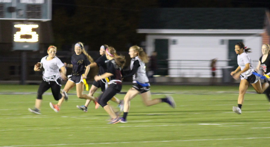 Girls+get+competitive+in+powder+puff+
