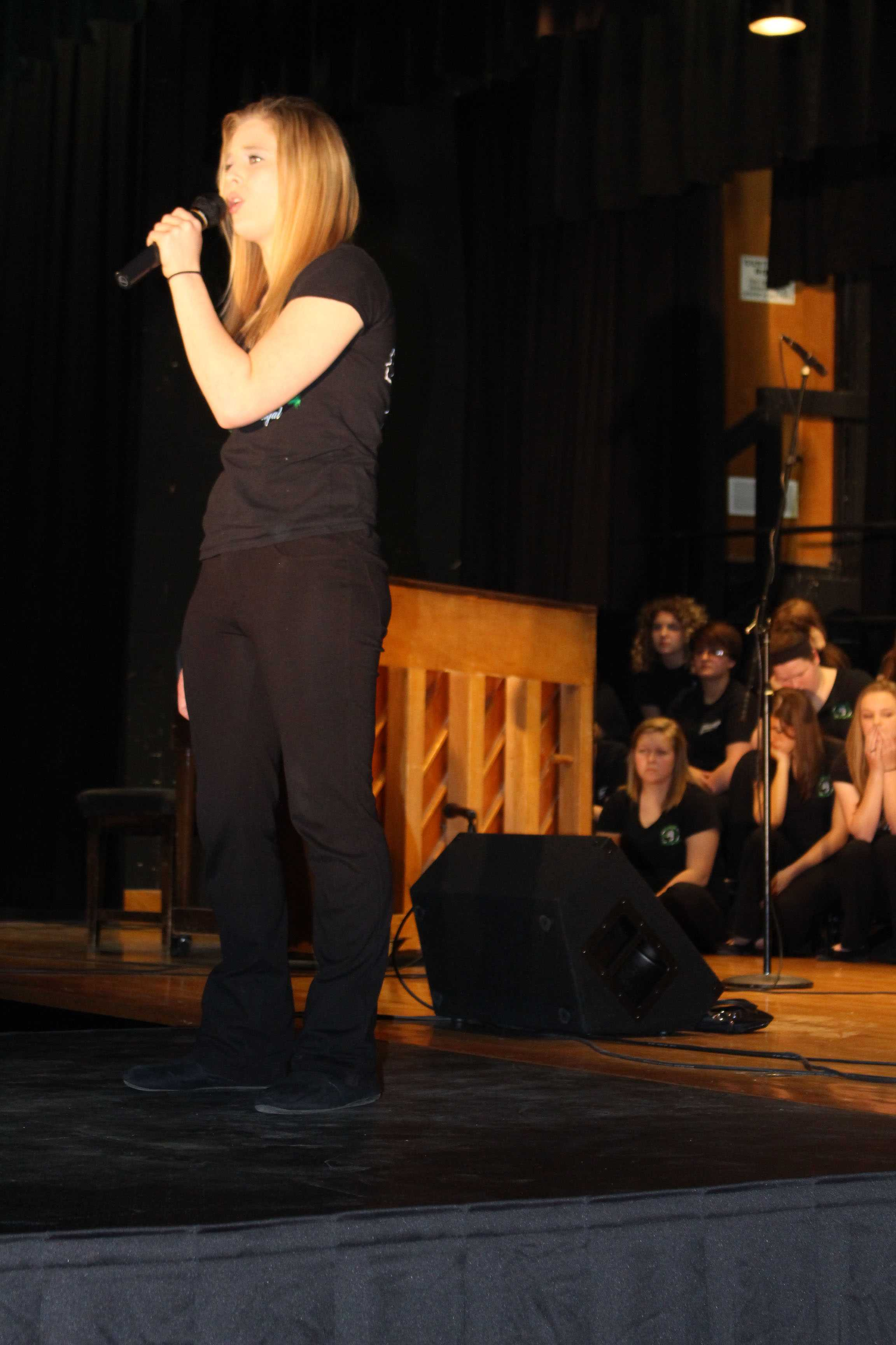 """Senior Shyla Estes sings a solo for Showstoppers. Estes sang """"Bubbly"""" by Colbie Caillat."""