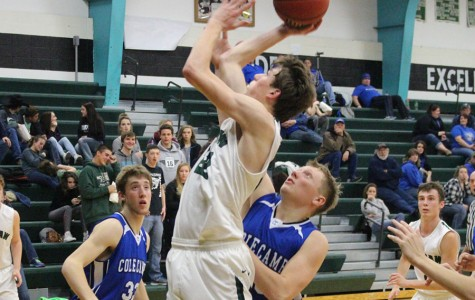 Boys basketball focuses on improvement through tournaments, stay motivated
