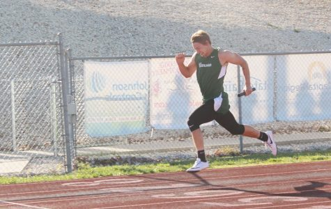 Four qualify for sectional track