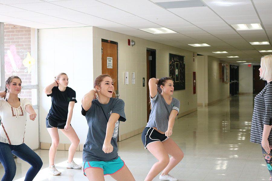 2017- 2018 Varsity Cheer Squad