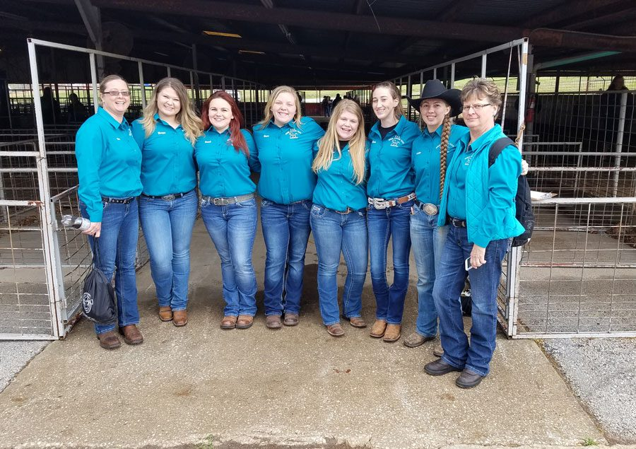 The FFA Horse Judging team was one of two events from Warsaw to qualify to compete at State FFA contest and convention on April 20-21. The horse judging team is coached by Adviser Stan Adler and volunteer coaches Stacy McGann and Kathy Downs. Those on the team who qualified are sophomores Morgan McGann, Brandi Hubert, Megan Mantonya and senior Ashlyn Yoder. Yoder also qualified for state in job interview.