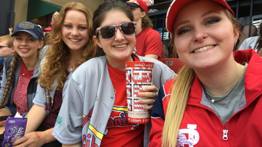 Seniors+Makayla+Mais%2C+Erica+Flores%2C+Viktoria+Stettner%2C+and+Ashlyn+Yoder+attend+a+St.+Louis+Cardinals+baseball+game.+They+attended+with+the+National+Honor+Society+who+takes+a+trip+to+St.+Louis+every+year.+
