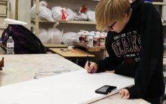 Senior communicates emotion through art