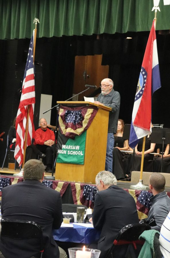 Students show appreciation for veteran's sacrifice at assembly