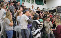 Sophomore class loses scream war, rewarded for creativity