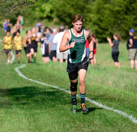 Cross country emphasizes teamwork, approach District race