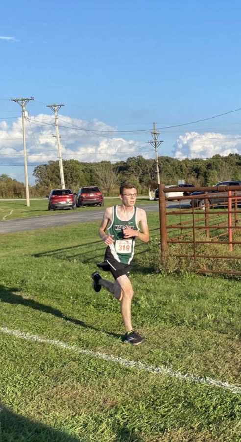 Junior+Logan+Schockmann+races+at+Camdenton.+Schockmann+posted+one+of+his+fastest+times+at+the+Oct.+7+Buffalo+meet+with+18%3A53.54